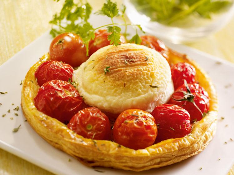 tartelette-au-crottin-de-chevre-et-tomates-cerises