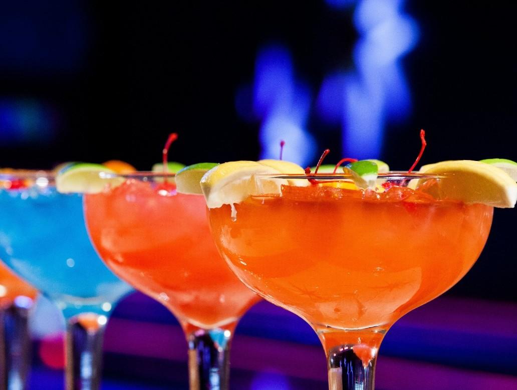 Cocktails originaux pour f tards assoiff s leamstramgram for Cocktail jus d orange