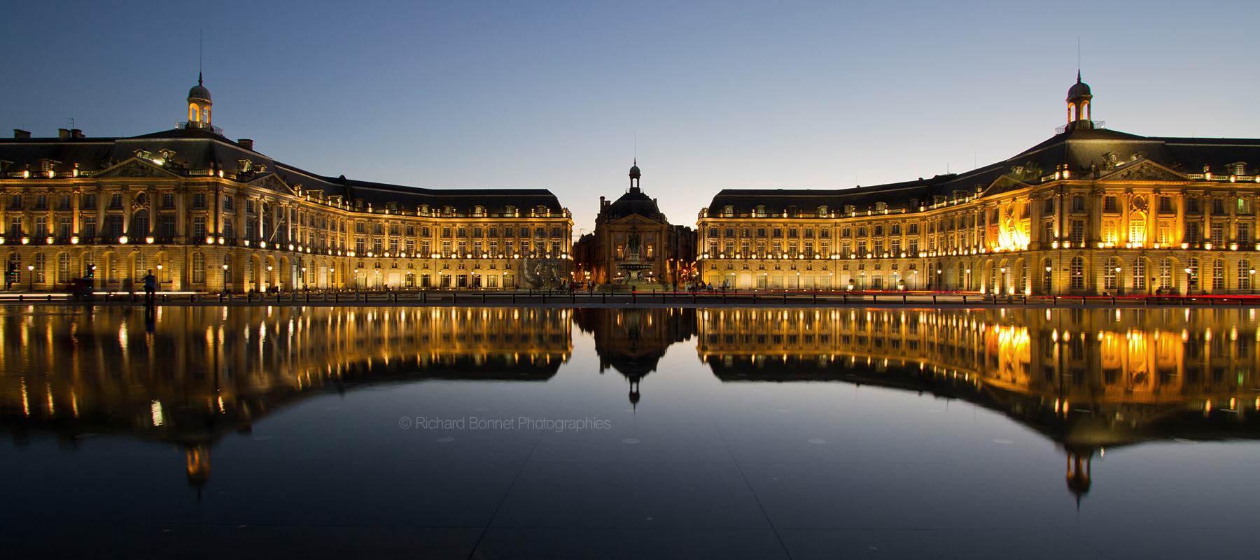 Mes 10 choses pr f r es bordeaux leamstramgram for Miroir d eau bordeaux