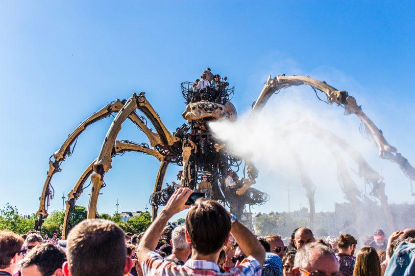 Kumo l'Araignée Géante, les Machines de l'Île